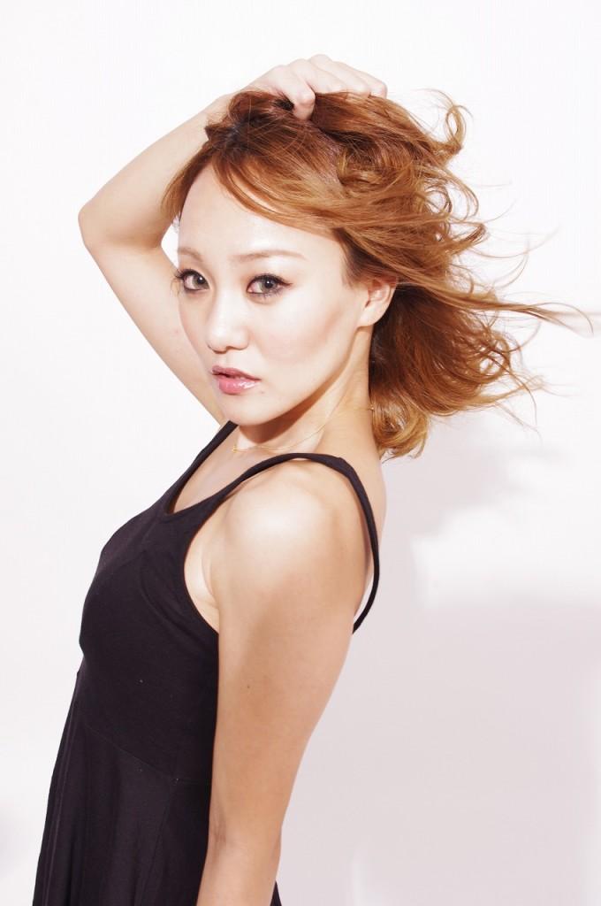 商品撮影モデル古賀斗和子