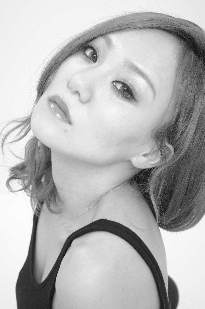 商品撮影モデル古賀斗和子3